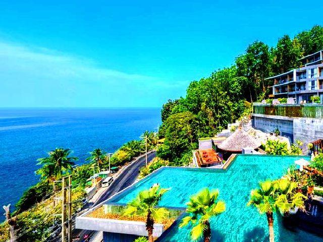 تُوفّر الفنادق في بوكيت المطلة على البحر مساحات مُتنوّعة تُناسب الأفراد والجماعات