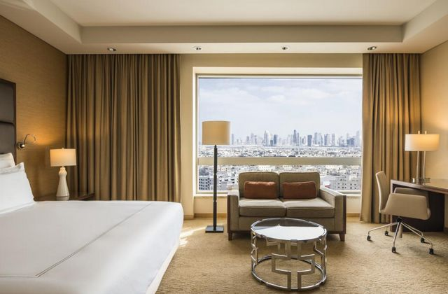 تتميز غرف فندق الغرير دبي بالإطلالات الساحرة
