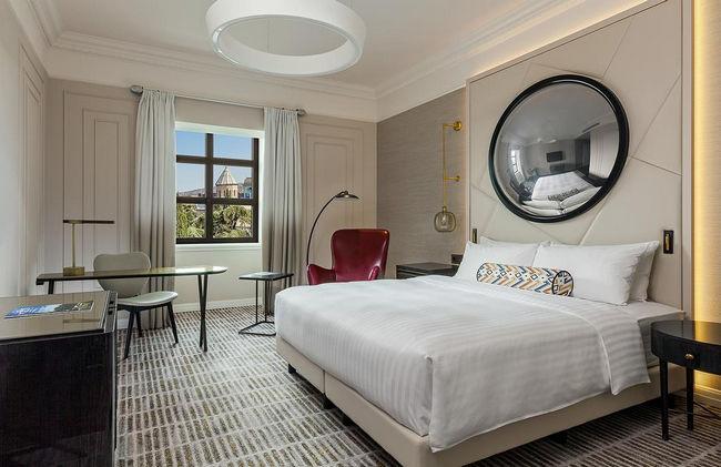 مكتب للعمل في غُرف فنادق تبليسي خمس نجوم المُميزة