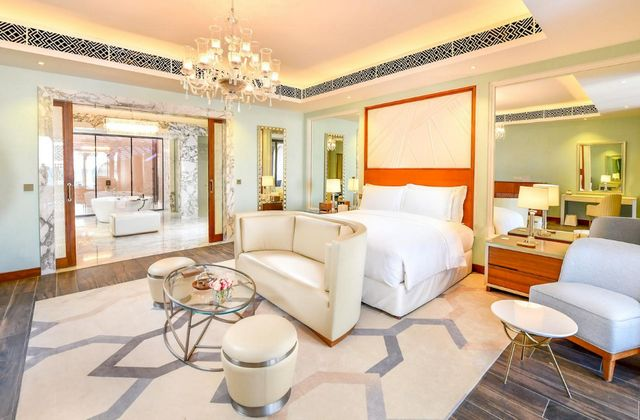 ترشيحاتنا من افضل فنادق البحرين على البحر للإقامة بها خلال عُطلة السياحة في البحرين