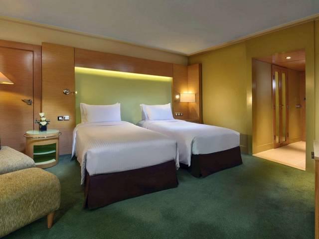 يُعد فندق ريتز كارلتون القاهرة من افضل فنادق القاهرة على النيل