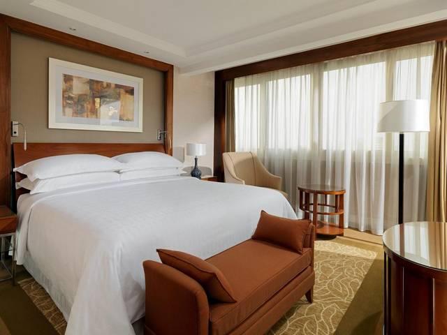 فندق شيراتون القاهرة من الفنادق المُناسبة للعائلة بين افضل فنادق القاهرة على النيل