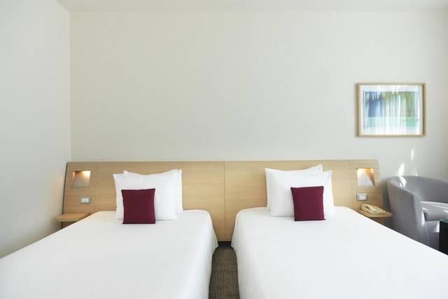 يحتوي فندق نوفوتيل القاهرة  على مرافق وخدمات مُميزة وهذا ما جعله من افضل فنادق القاهرة على النيل