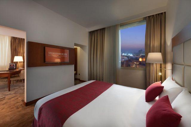 تتميز افضل فندق في القاهرة للشباب بتوفيرها غرف فسيحة عصرية