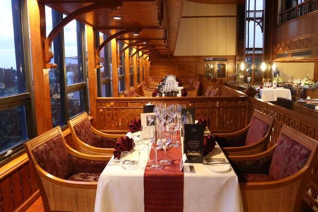 يُعد رويال وينغ سويتس آند سبا من افضل فنادق بتايا على البحر الراقية