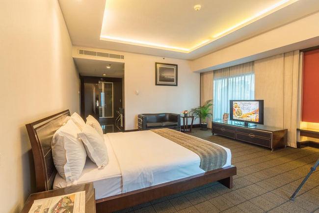 شاشة مُسطحة وسرير مُريح في فنادق خمس نجوم جاكرتا