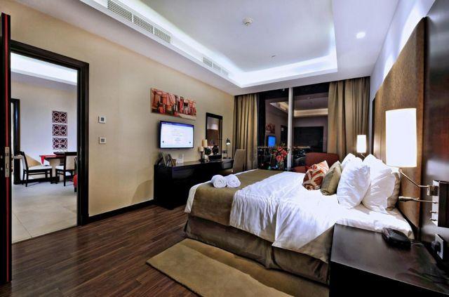 إن كانت تستهويك الإقامة في جدة، اقرأ تقريرنا عن شقق فندقية في جدة واختر ما يُناسبك
