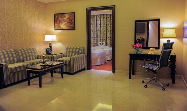 نُقدّم لكم مجموعة من افضل الفنادق بالرياض يُمكنكم الاطلاع والحجز عبر موقعنا