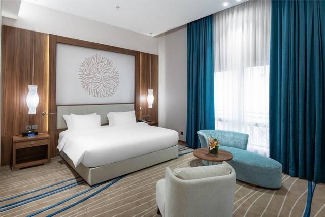 يُعد فندق راديسون بلو جدة من اافضل فنادق جدة خمس نجوم لضمه خدمات عديدة مما يجعله الخيار الأمثل