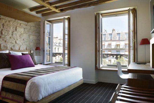 قد تُناسبك الإقامة في افضل منطقة للسكن في باريس للعوائل إن كنت تبحث عن فندق يمنحك إطلالة خلابة وخدمات راقية