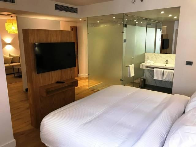 يتميز فندق نيو برزيدنت الزمالك بضمه لخدمات ومرافق مُتعددة وأيضاً هو من ارخص فنادق القاهرة على النيل