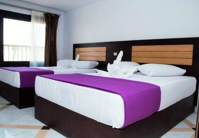 يُعد فندق جلاكسي رويال سويتس من ارخص فنادق القاهرة على النيل وتتميز بموقعها الرائع