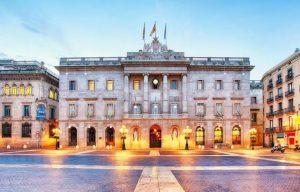 ارخص فنادق في برشلونة تناسب ميزانيتك المحدودة بالإقامة في غرف راقية فسيحة
