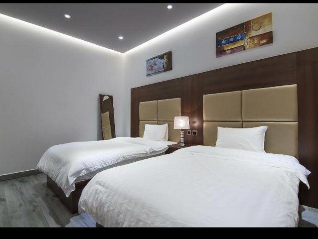 مُعظم فنادق في ينبع الصناعية تُوفّر غُرف بديكورات أنيقة ومريحة للضيوف