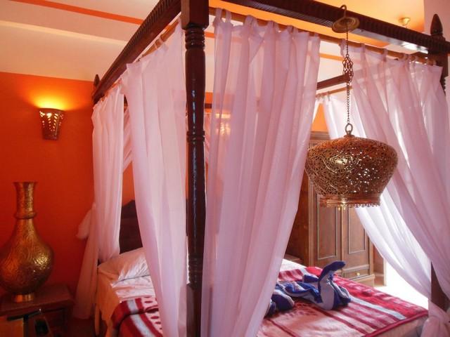 فندق كليوباترا يضم غرف ذات ديكورات ساحرة
