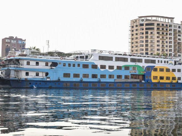 فندق الباخرة نفتيس على نهر النيل