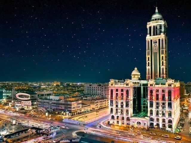 باقة متنوعة من الفنادق الفاخرة من بين فنادق حي التحلية الرياض .