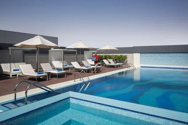 من بين فنادق حي التحلية بالرياض اختر الفندق الأكثر راحة.