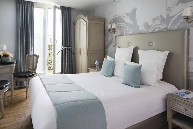 تشتهر باريس بضفاف نهر السين التي تجذب ملايين الزوّار تعرف على افضل فنادق باريس 4 نجوم القريبة