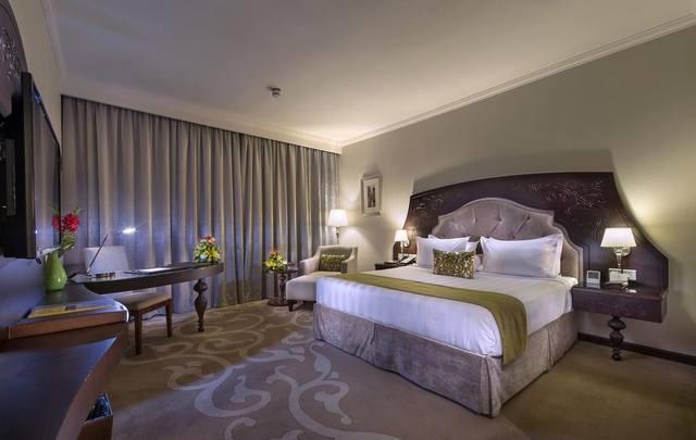 فنادق اربع نجوم الرياض تجمع بين الخدمات، المرافق والأسعار الجيّدة.