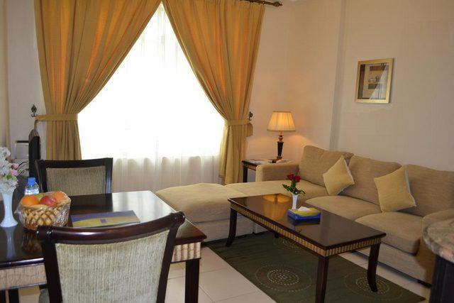 الحياة للشقق الفندقية الشارقة تُقدم شقق مع غرف جلوس منفصلة
