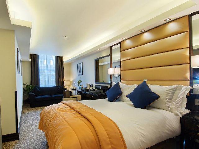 غرفة قياسية في فندق  ذا ماربل آرتش لندن من بين فنادق سلسلة فندق امبا لندن