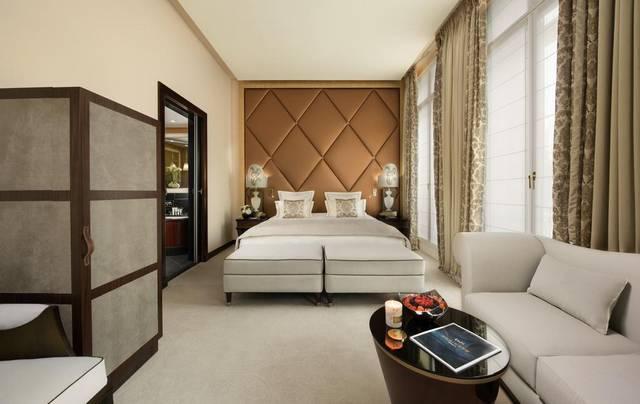 بموقعه الرائعة يُعتبر فندق فوكيت باريس افضل فنادق باريس للعوائل