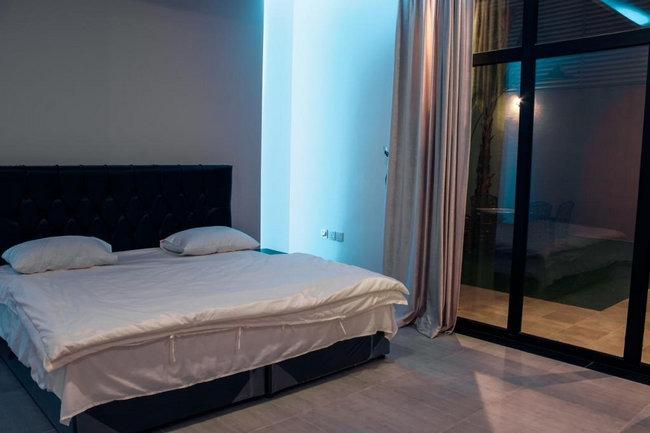 شاليهات فندقية الرياض مع غُرف بسيطة ومُريحة