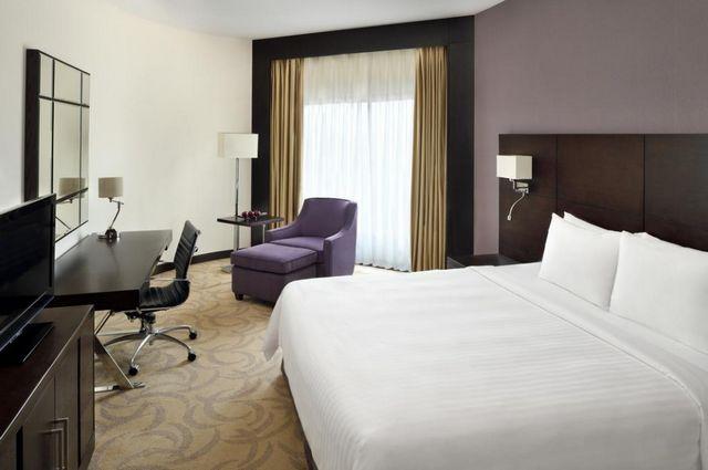 إن كنت تُخطط لـ حجز فندق في الرياض والحصول على افضل الأسعار دون الاستغناء عن الخدمة الجيدة، فإن هذا التقرير يُساعدك على ذلك