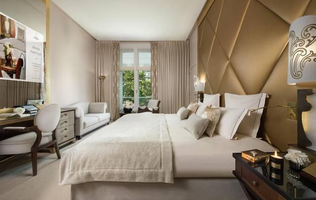 يتميّز فندق فوكيت باريس بضمه للعديد من الخدمات التي جعلته من افضل فنادق باريس القريبه من الشانزليزيه