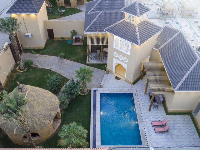 بإمكانك الاستمتاع بالعديد من المرافق الترفيهية التي تقدمها شاليهات شرق الرياض رخيصه