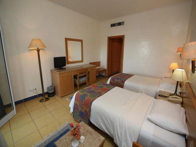تتفاوت مُميزات فندق الهضبة شرم الشيخ ويُعد  فندق ريف شرم ريزورت أفضلها