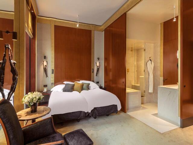 تتوفر مجموعة مميزة من التصميمات المميزة في غرف الاقامة في فندق بارك حياة باريس