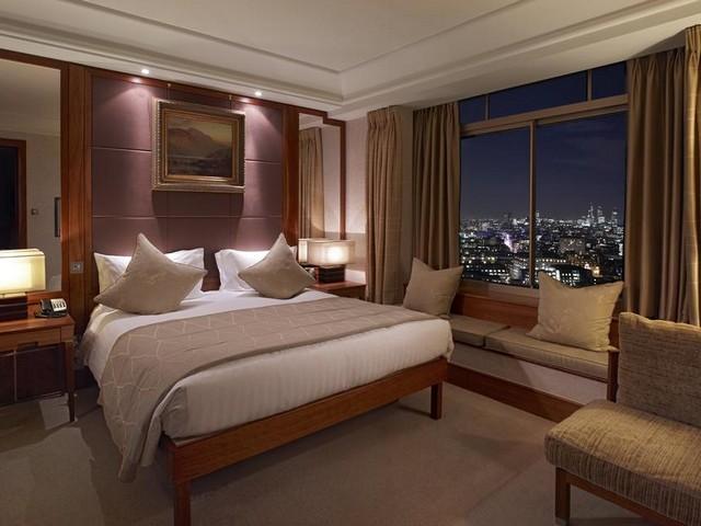 إطلالات مسائية من أحد فنادق هيلتون لندن
