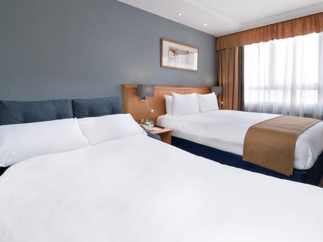 غُرف مُميّزة تُقدّمها لك سلسلة فنادق هوليدي ان لندن