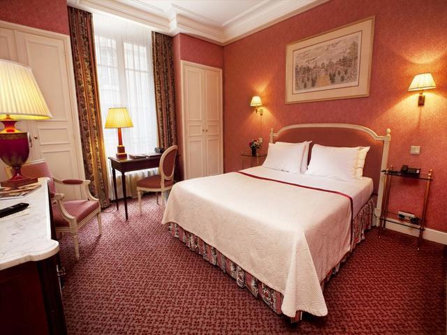 تصميمات غرف الاقامة في فندق فيكتوريا باريس مميزة و عصرية.