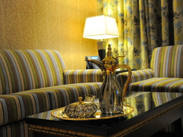 جلسة رائعة في افضل فندق قريب من مدينة الملك فهد الطبية بالرياض