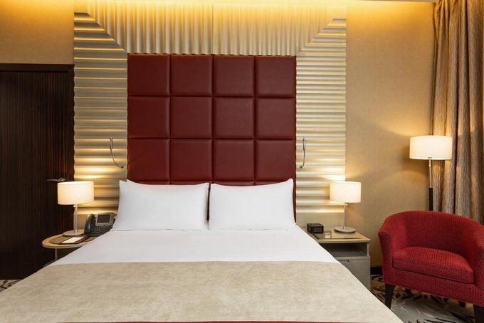 فندق قريب من الرياض بارك مول مناسب لرجال الأعمال وإقامة حفلات الزفاف.