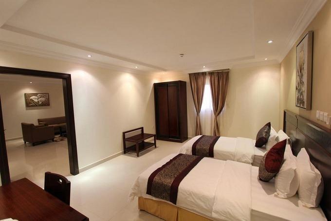 فنادق قريبه من الرياض بارك للأجنحة الفندقية المناسبة للرحلات العائلية.