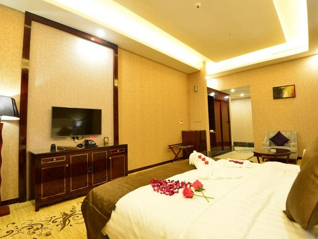 غرفة كبيرة في فنادق قريبة من معهد الادارة بالرياض الفرع النسائي