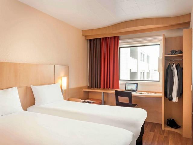 تعرف على فندق ايبيس باريس لاديفانس بأماكن إقامته الراقية