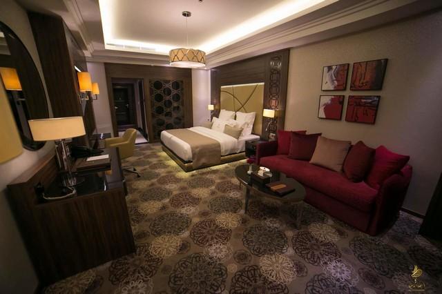 توفّر فنادق جدة القريبة من المطار إقامة مُميّزة عن طريق الغرف المُريحة التي تُقدّمها