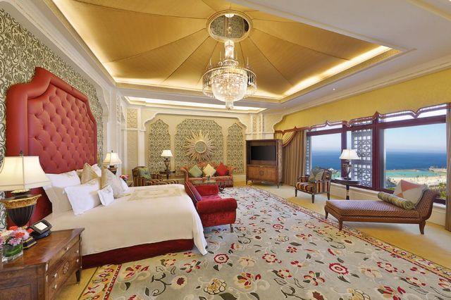 فنادق جده على الكورنيش من أفضل أماكن الإقامة