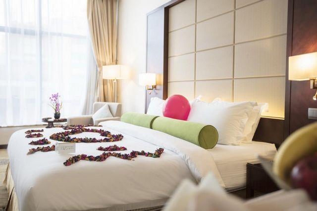 ترشيحاتنا من افضل فنادق على الكورنيش بجده للإقامة بها خلال عُطلة السياحة في جدة