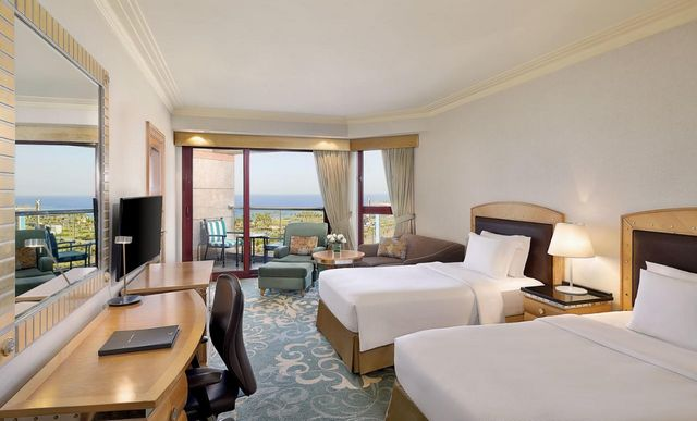 السكن في جدة قرار صائب لمن يبحث عن أجواء من المتعة، هذا دليل عن افضل فنادق الواجهة البحرية بجدة