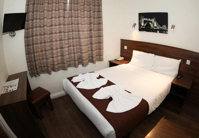 فنادق لندن ثلاث نجوم تقدم مستوى متميز من الخدمات.