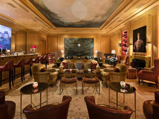 يمكن أن تحضر كاميرتك و تلتقط الصور في كل مرافق فندق بريستول باريس
