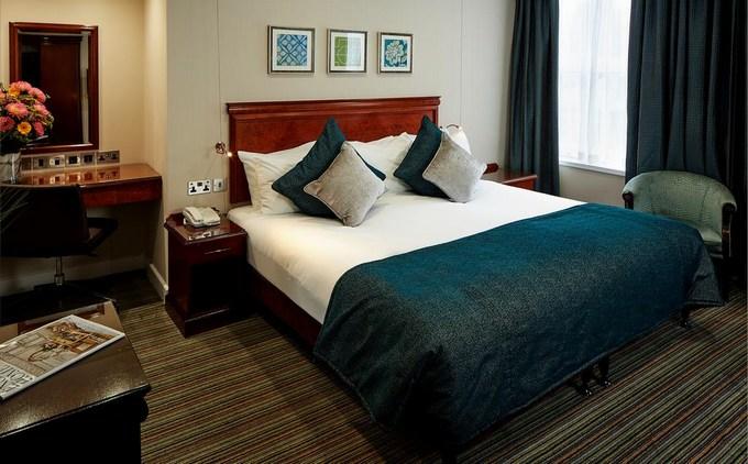 فنادق لندن اربع نجوم أفضل فنادق للإقامة قريبة من المعالم السياحية.