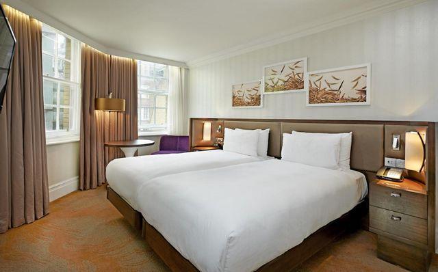 في ضوء مستوى الخدمة والراحة وأفضل عروض الأسعار، طالع آراء الزوّار قبل حجز فنادق لندن هايد بارك
