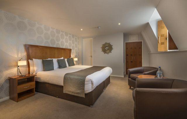 إن كانت تستهويك الإقامة في لندن، اقرأ تقريرنا عن احسن فنادق لندن للعائلات واختر ما يُناسبك